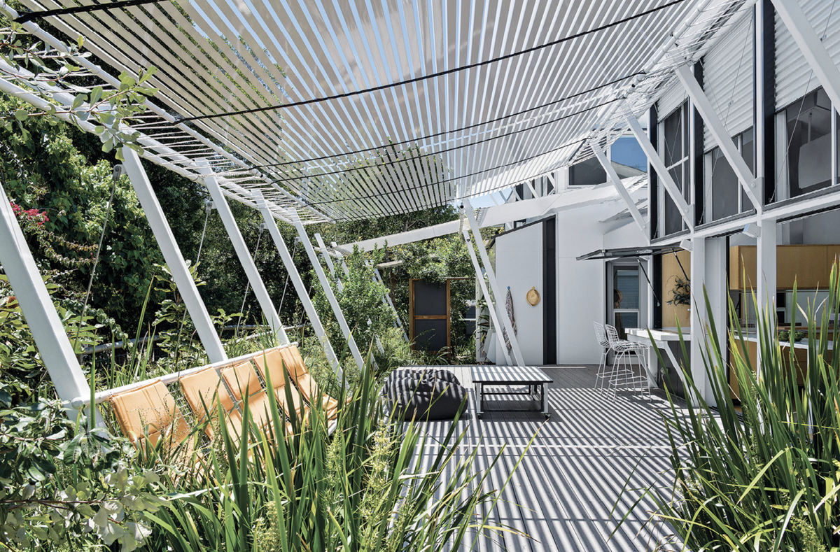 Stradbroke House by Tim Bennetton Architects with Gabriel Poole.