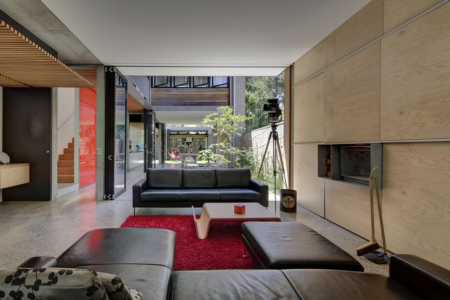 Alexandria Courtyard House by Matthew Pullinger Architect.