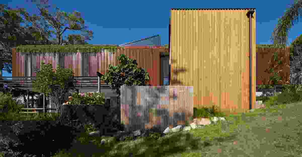 Bundeena Beach House by Grove Architects.
