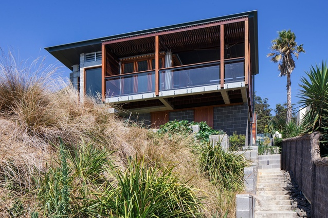 South Coast House by Indyk Architects.