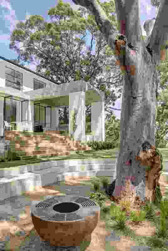 Castlecrag House by Polly Harbison Design.