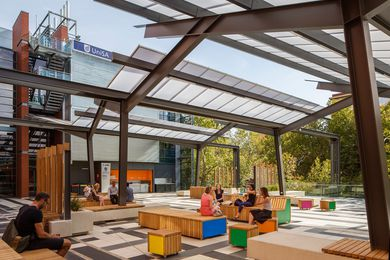 South Australian Government Architect Ben Hewett presented an overview of Adelaide's recent urban design efforts including UniSA City East public realm by Grieve Gillett.