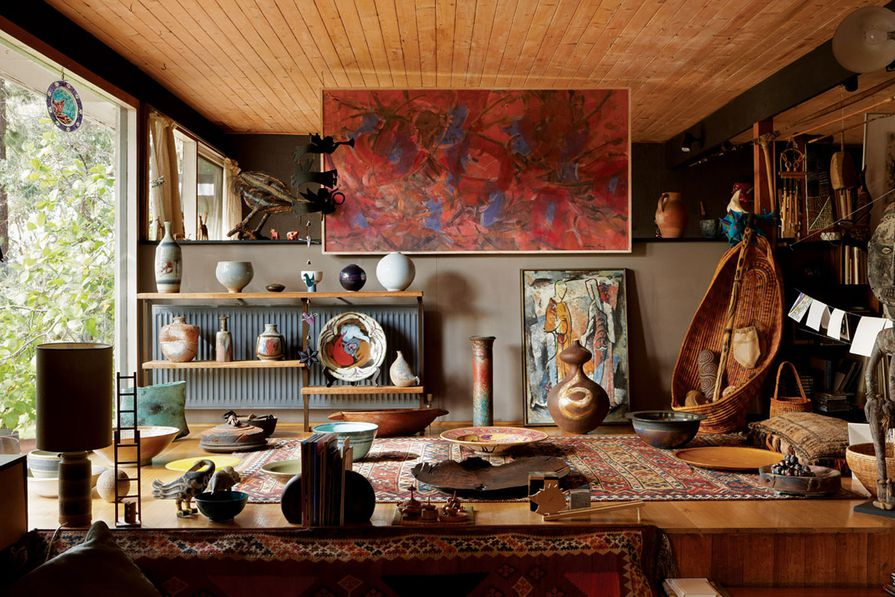 """The raised platform """"living bay"""" serves as a display space for ceramics and paintings."""