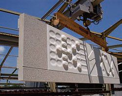 Fabricatiing the prototype concrete facade panel.