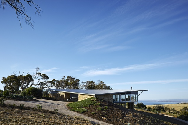 Robertson House by Max Pritchard Architect.