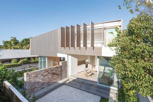 The Balmain Houses by Benn and Penna Architects are an example of an intergenerational home where the residents (particularly children and dogs!) move through the gaps in the dividing garden wall.