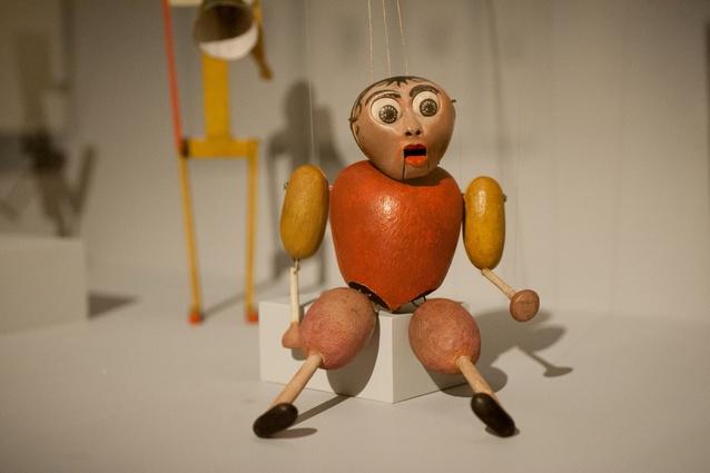 Kurt Schmidt and Toni Hergt <em>The Little Hunchback</em>, 1923. Wood and iron wire, 30 x 15.5 x 10 cm. Puppentheatersammlung Staatliche Kunstsammlungen, Dresden.