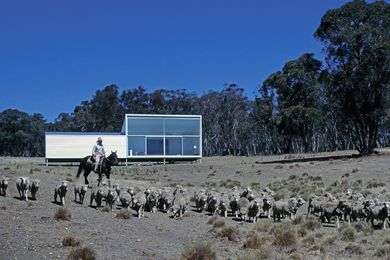 Imagined as a pure form in the landscape, the design for Bombala Farmhouse captures the minimalist aesthetic of modernist artworks.