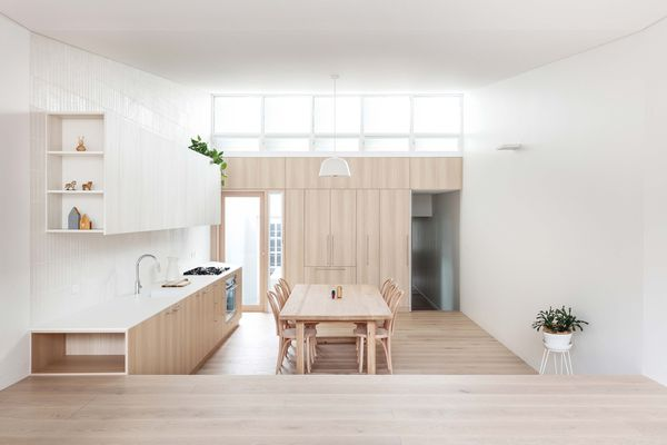 The home's kitchen and dining area is a light, bright and airy space that's instantly calming and incredibly tranquil.