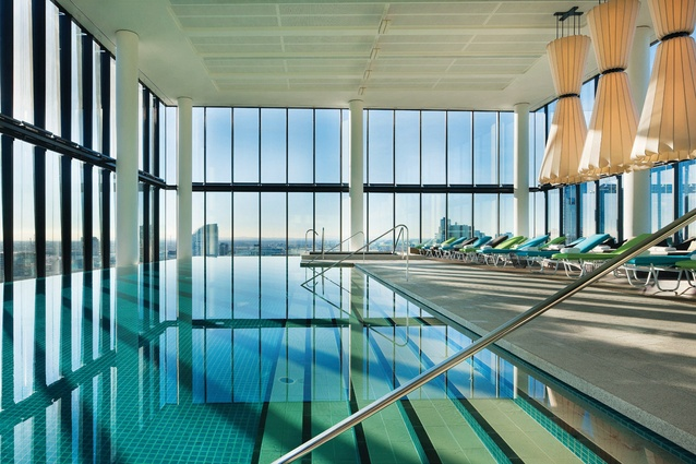 Crown Metropol Melbourne Spa