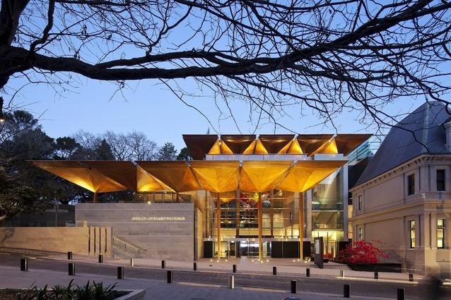 Auckland Art Gallery Toi o Tāmaki (NZ) by Francis-Jones Morehen Thorp fjmt + Archimedia (Architects in Association).