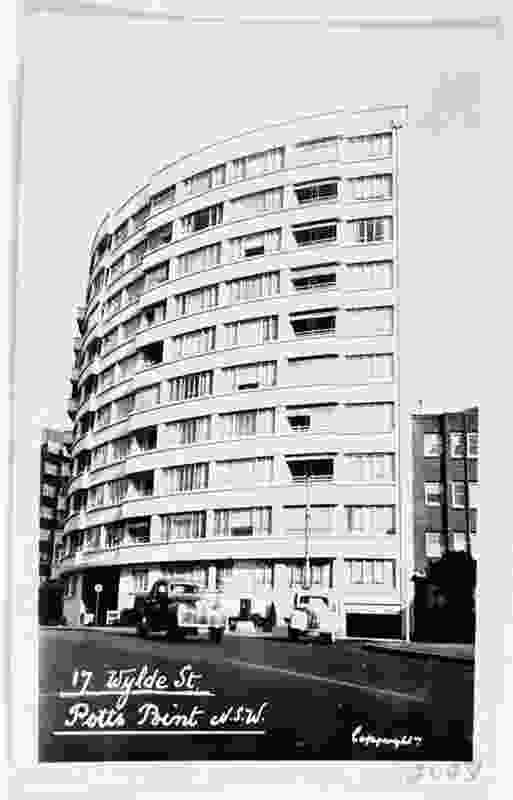 17 Wylde Street (designed 1948, completed 1951) by Aaron M. Bolot.