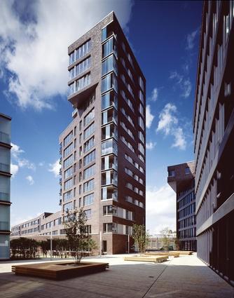 Masterplan + Housing Tower, Falkenried, Hamburg, Germany, 2004.