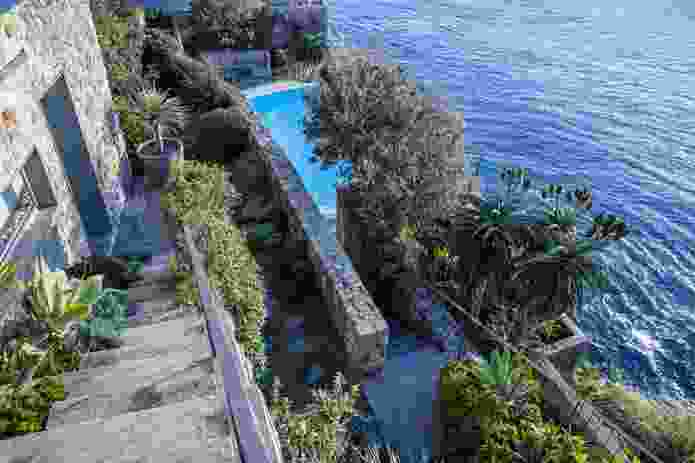 Cliff Garden designed by Jane Irwin, high above the Pacific Ocean.