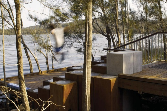 Narrabeen Lagoon Multi-use Trail Stage 1 by Warringah Council and Aspect Studios.