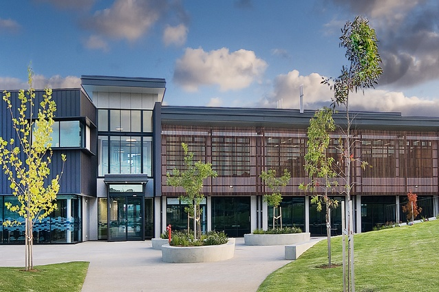 Investigator College Senior School by Flightpath Architects.