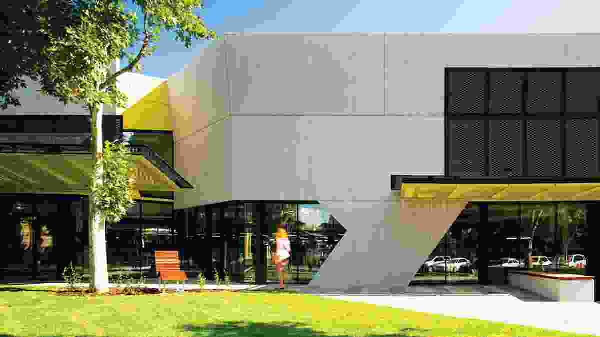 The new north facade of the Bendigo Library Redevelopment, a project which reinvigorates the Victorian city's existing library, built in 1982–84 by Robinson Loo Wyss & Schneider.