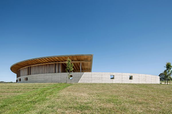 Equestrian Centre, Merricks by Seth Stein Architects (London) in association with Watson Architecture + Design (Melbourne).