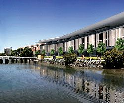 The Skyring Apartments, Newstead, seen from the river. The project explores the siting principles of the Balmoral House on a large scale.