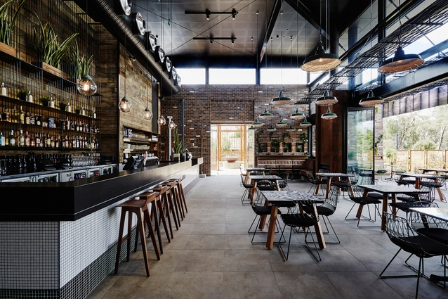 Moama Junction by Abeo Design (interior design and styling) and Altis Architecture (architecture and landscaping).