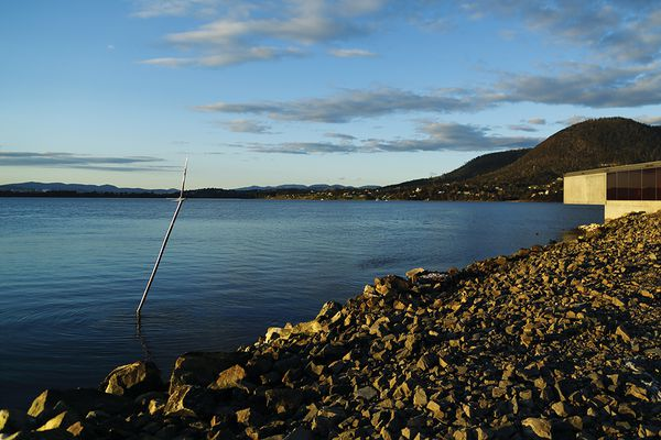 Commissioned for the Glenorchy Art and Sculpture Park (GASP), Refraction Principle (2018) is a steel sculpture on Hobart's Derwent River that marks the site where fresh and salt water meet.