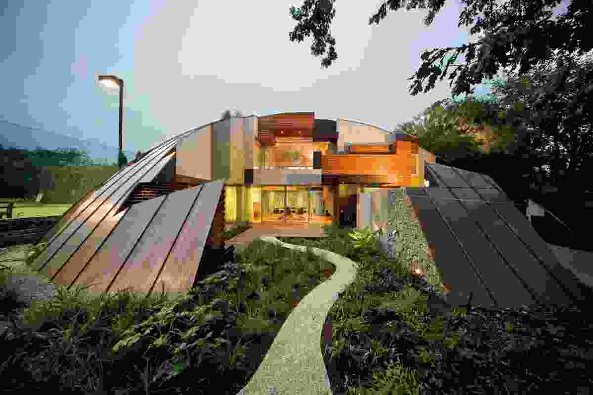 The form of the Dome House was derived through a method of subtraction and addition.