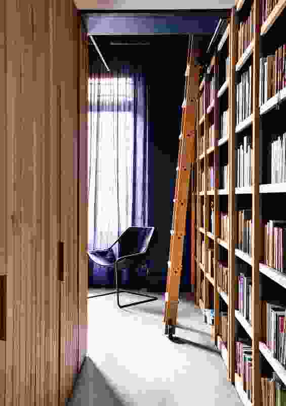 The only explicitly private area in the house is the study, a place for working and for reading.