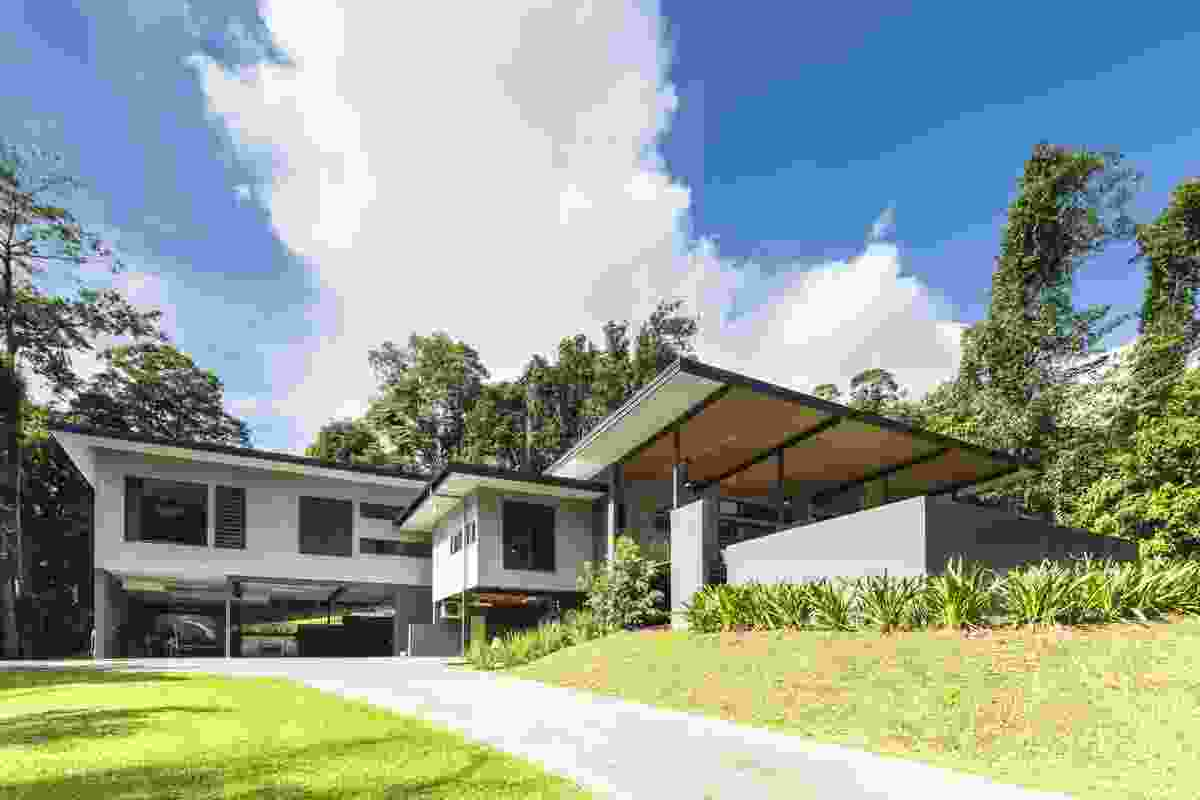 Daphne Residence by NE Architecture.