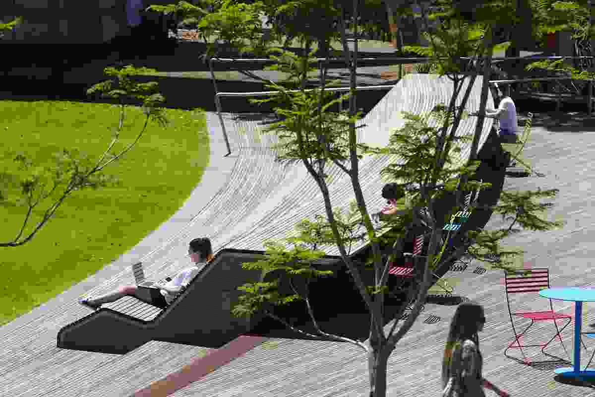 The sunken lawn and raised terrace in the Monash University Caulfield Campus Green by Taylor Cullity Lethlean.