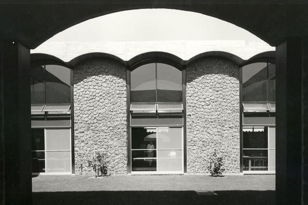Robb College, University of New England, 1960-1964 by NSW Government Architect's Branch (Michael Dysart).
