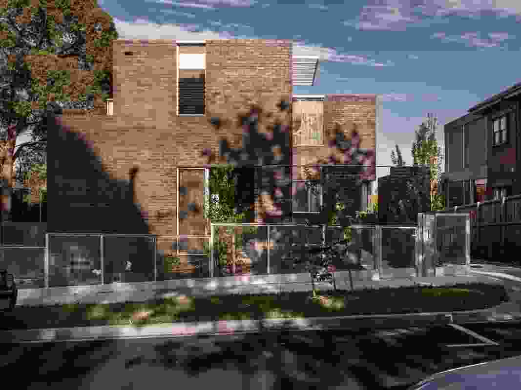 Hawthorn House by Robert Simeoni Architects.