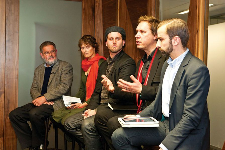 Former South Australian Government Architect Ben Hewett (second from right) talks about the importance of an integrated design strategy at AA Roundtable 07.