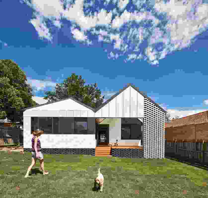 Hip and Gable (Vic) by Architecture Architecture.