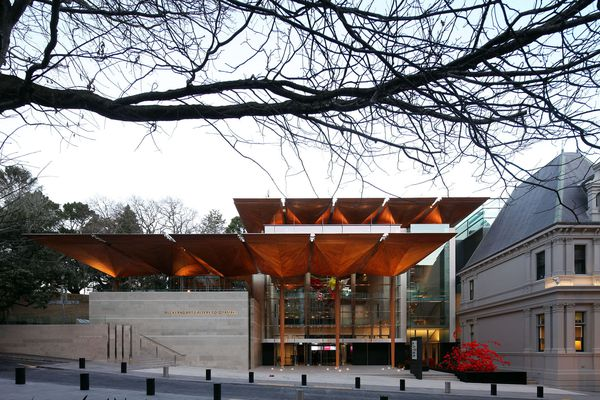Auckland Art Gallery Toi o Tāmaki by FJMT and Archimedia in association.