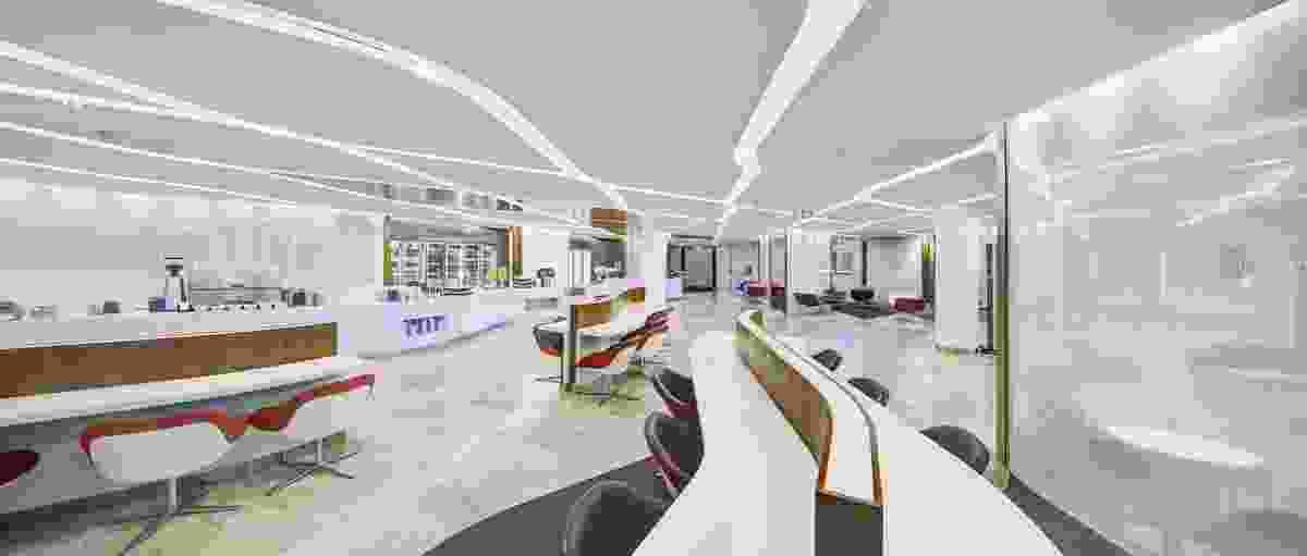 Virgin Australia Sydney Lounge by Tonkin Zulaikha Greer Architects.