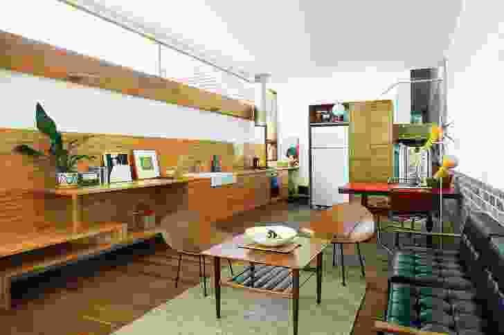 A long clerestory window running along the kitchen gives the impression of more space. Artwork (L–R): Jedda-Daisy Culley, Yuko Matsuzawa and Tonee Messiah.
