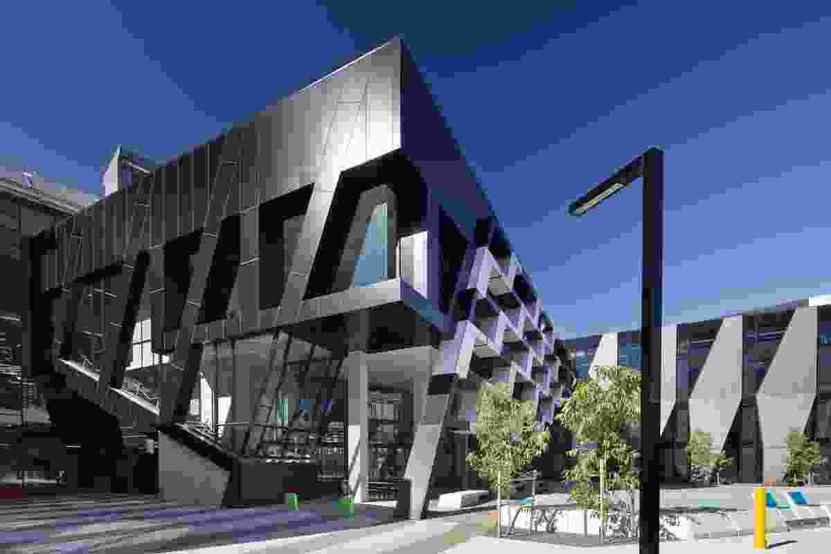 Kangan Institute, Automotive Centre of Excellence, Stage 2 by Gray Puksand.