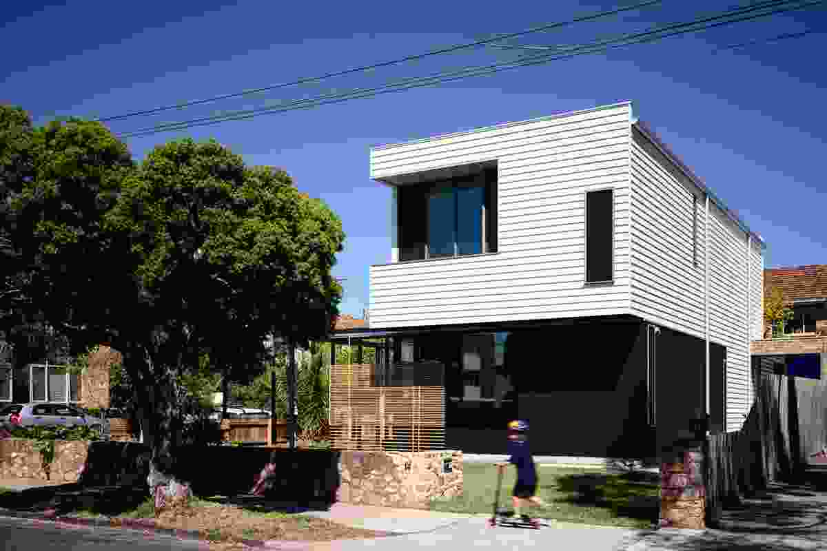 The Blue House, Elwood by David Vernon Architect.