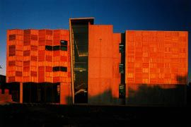Textile Facility, Brunswick campus by H2o Architects with Bates Smart. Image: Trevor Mein.