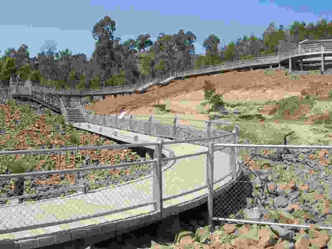 Rocla PermaTrak concrete boardwalk at the Cotter Dam, ACT.