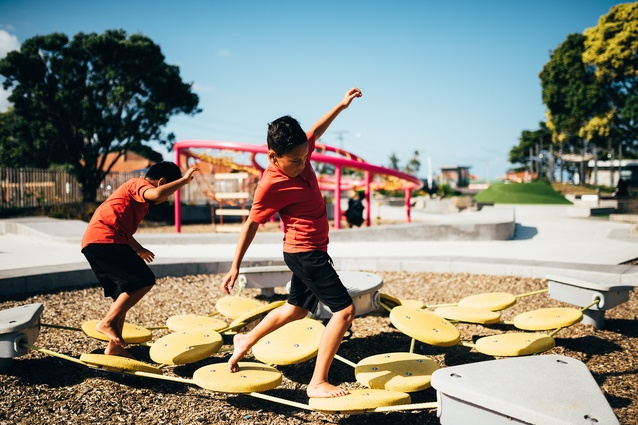 Tōia – Ōtāhuhu Recreation Precinct Project, 2015, in Auckland, New Zealand designed by Creative Spaces, Bespoke Landscape Architects and Isthmus.