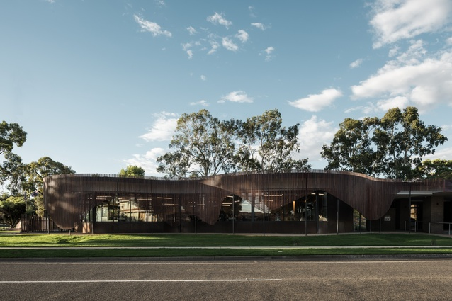 Cobram Library and Learning Centre by Dale Cohen Architects.