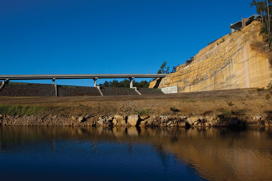 View east from Lake Burragorang. The visitor centre sits above the auxiliary spillway.