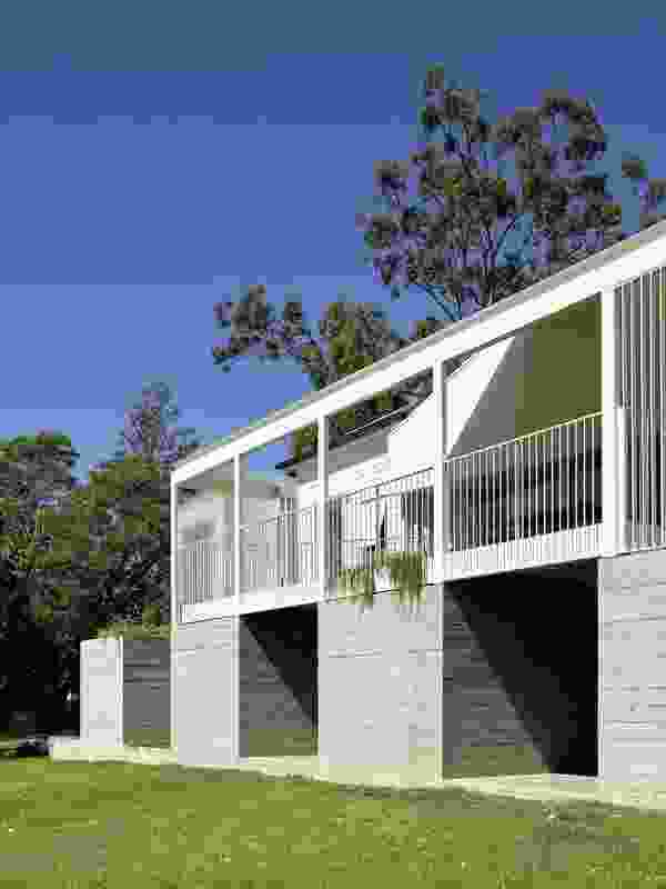 Park Road (Qld) by Lineburg Wang, House Alteration and Addition over 200 m².