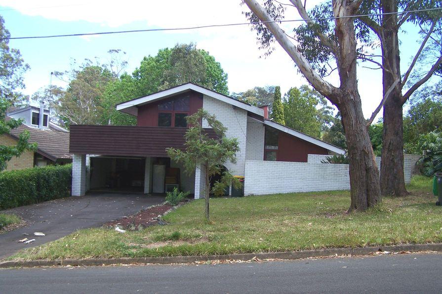 Split-level home at the Kingsdene Estate, Carlingford by Ken Woolley and Michael Dysart (1961), taken October 2012.
