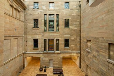澳大利亚博物馆项目探索Neeson Murcutt和Cox建筑。