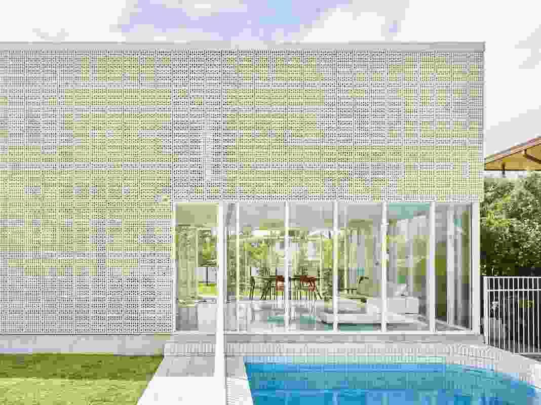 Naranga Avenue House (2016), Florida Gardens, by James Russell Architect.