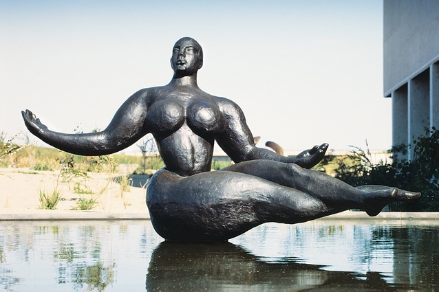 Photos from the 1990s: <em>Floating Figure</em> (1927) by Gaston Lachaise.