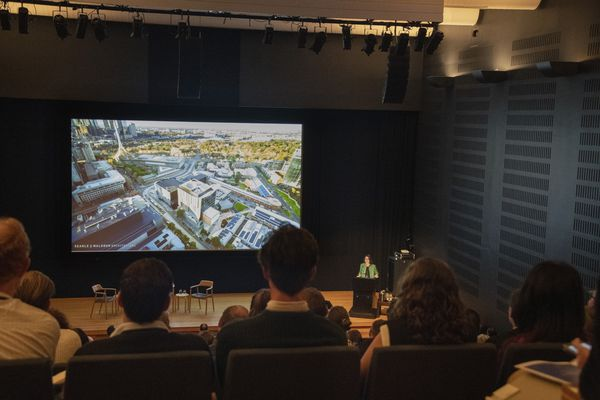 Suzannah Waldron, Searle x Waldron Architecture, presenting University of Melbourne, End of Trip Facilities at The Architecture Symposium, Sydney.
