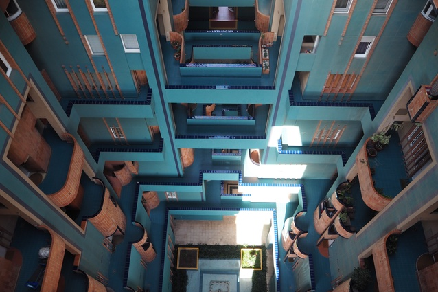 A void in the Warden 7 development by Ricardo Bofill.